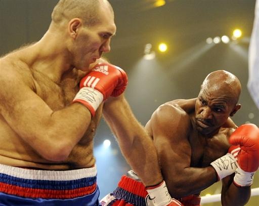 Бокс видео: онлайн бои Эвандера Холифилда, часть 1