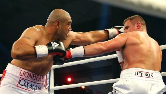 Бокс видео: онлайн бой Денис Бойцов — Алекс Леапаи